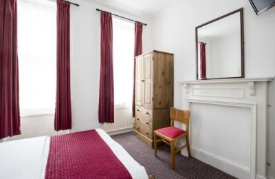 St Athans Hotel, Hotel 1 Stella Londra